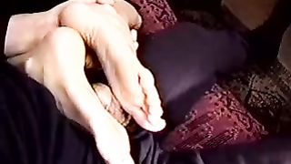 My hot blond chick with smooth soles gives me fantastic footjob