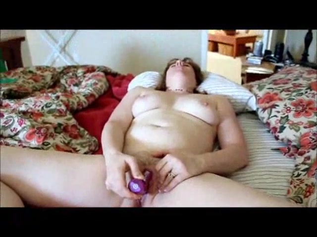 Chubby wife webcam orgasm