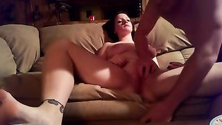 My insatiable white bitch lets me fuck her cookie in the missionary pose