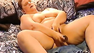 Amateur SSBBW horny white wife in daybed using a biggest sex tool for her cookie