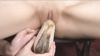 Asian gal masturbated with sea creatures