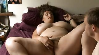 My bosomy brunette hair amateur wife acquires pleasured with my tongue and fingers