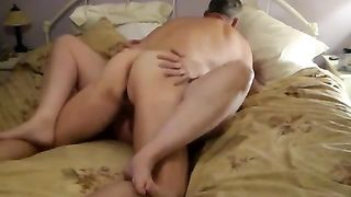 Sex starving big beautiful woman amateur wife of neighbour serves me her wet love tunnel when hubby's as work