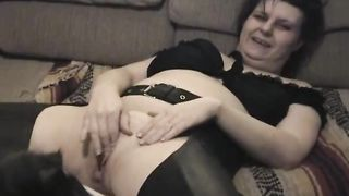 Kinky floozy in knee boots opens wide for her dog to take up with the tongue