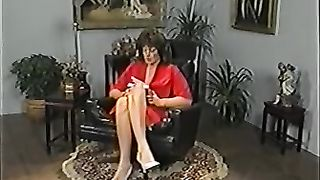 A lot of nasty housewives arrange hawt lesbo fuckfest