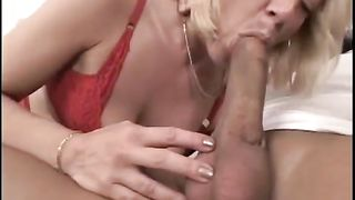 Voracious golden-haired mother I'd like to fuck blows lengthy meat pole like a pro