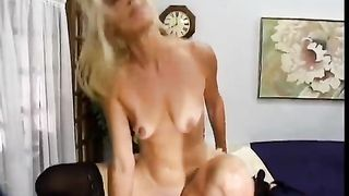 Mature golden-haired milf acquires her pussy screwed hard by a jerk