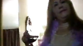 Amateur Cuckold Interracial Porn! Chubby white wife's interracial gang bang!
