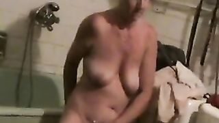 My old wifey with saggy bra buddies just can't live without masturbating in front of me