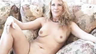 Full figured curvy blond black cock sluts shows off her curves on bed