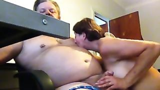 My aged cheating wife shows her irrumation skills to me in front of a web camera