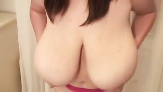 My lustful girlfriend can't live without playing with her big mounds