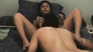 My leggy dark brown white women likes to receive a hawt carpet munch
