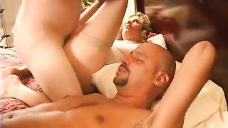Full bodied older mammas fuck messy in foursome fuck clip
