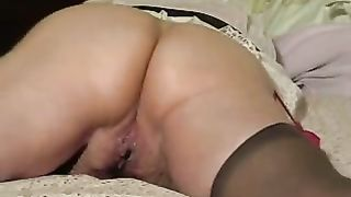 My neighbor's Married slut is proud of her large luscious bottom
