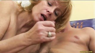 Young jerk loved to fondle and fuck granny on the bed