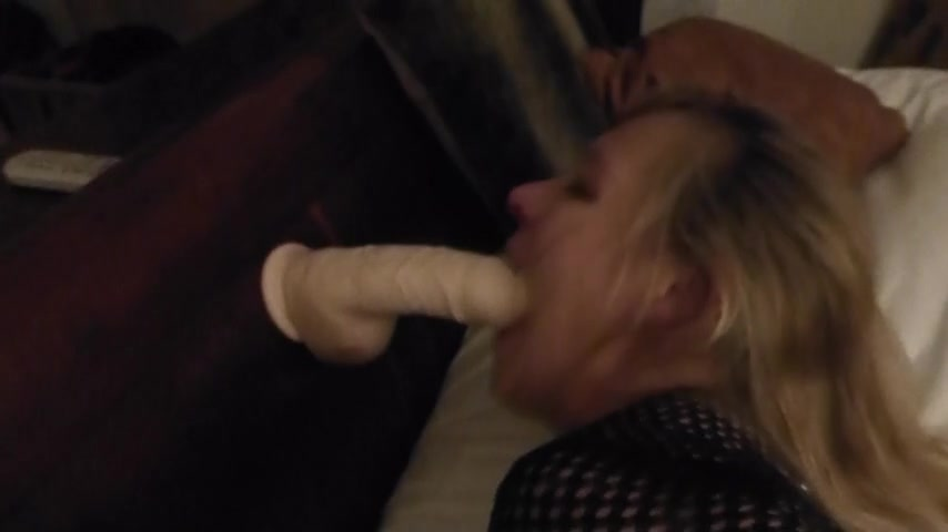 Sucking Giant Black Cock