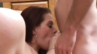 Horny beauty Jennifer sucks a prick after jumping on it