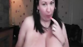 Horny and flirty woman with large marangos puts on a fine livecam show for me