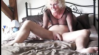 My older dirty slut wife called her superlatively good ally over for older threesome