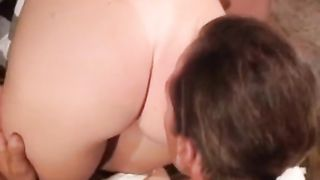 Horny and hot wench with admirable booty rides a ramrod on the couch