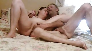 Chubby older wifey and her hubby enjoy oral-job pleasures on the ottoman