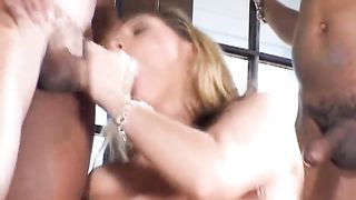 FMMM foursome bang session with hot white women Leah