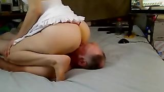 Facesitting workout with my buddy's perverted and lustful nympho
