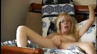 Horny Mature Wife Masturbates in Homemade Nude Video
