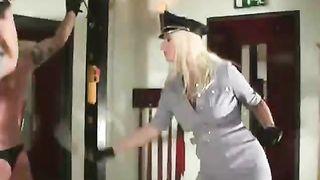 Mistress Kelly Kalashnik - real life sadistic femdom