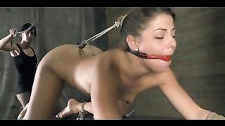 Lesbian Strapon Slave Mia