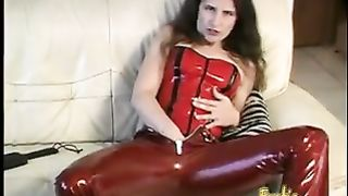 Raunchy brunette bint fingers her hairy twat and rams an ass