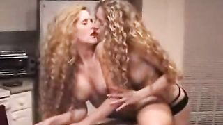 Skinny girlfriend ramming her allies snatch with a ding-dong