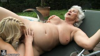 Busty golden-haired finds enjoyment with a granny lesbian