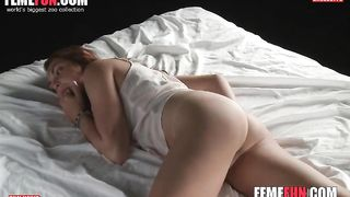 [HomeMade Porn XXX Videos] Sexy red-haired wife masturbating before bedtime