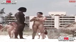 [Wife Sex in Vacation XXX] Black macho man exposes a massive boner