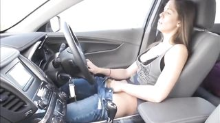 [Private XXX Sex Wife] She masturbates while driving