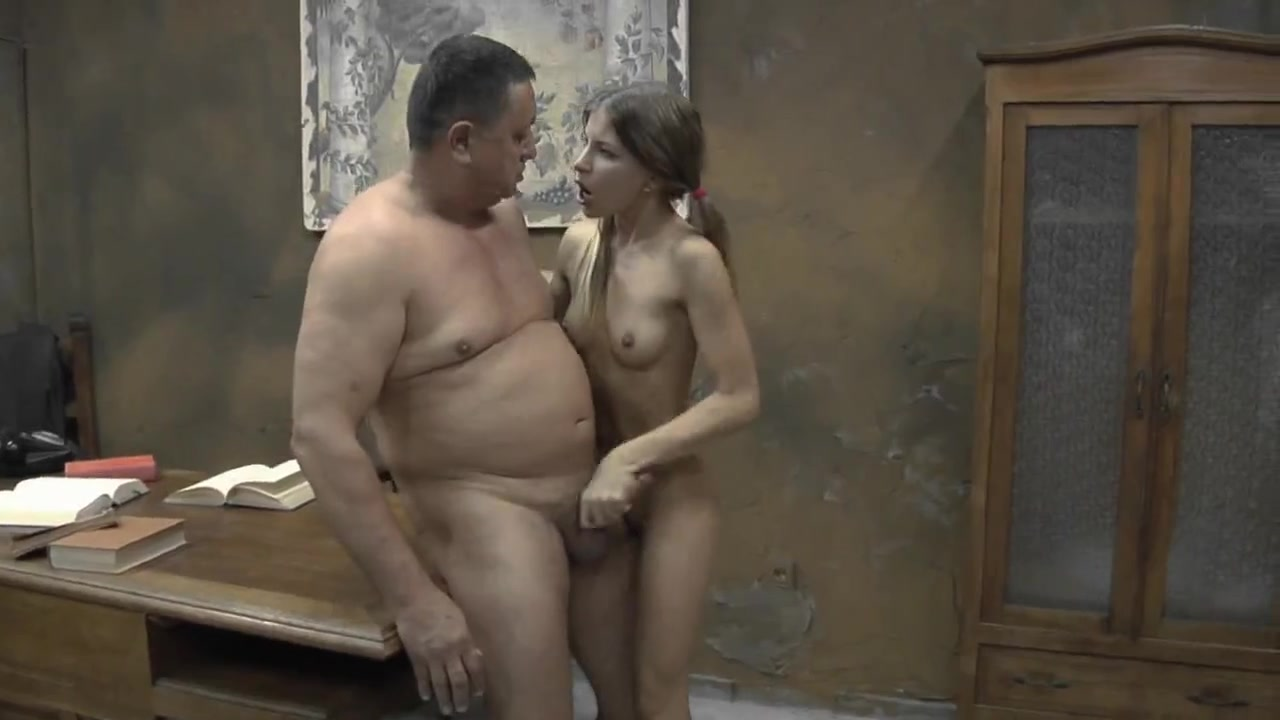 naked dad and hot daughter