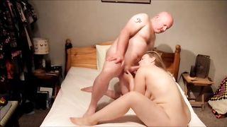 32yo British Ex-GF G-spot squirting before anal creampie
