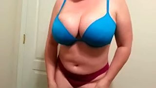 Beautiful funbangs of my white milf wife on homemade tape