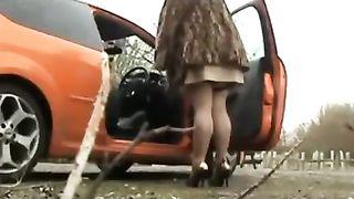Stranger Fucks BBW WIFE On The Roadside
