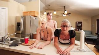 [ Son fucks Sister and Mother ] Son Fucks His Mother And Sister