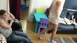 [ Flashing Her Stepson Caught on WebCam XXX ] Blonde tray to provoke her stepson...