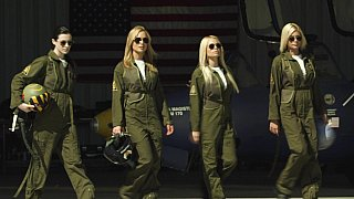 Top Gun but less gay - This amazingly hot lesbian orgy is worth your attention