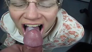 [ Drunk Mom Incest ] Granny swallows cum like a good slut