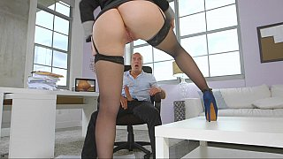 Brunette wife diligently works on his thick, pulsating cock who sucks