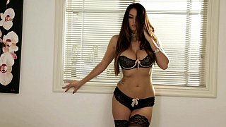 [  Too close to comfort ] Beautiful Latina with an athletic body loves fingering her pussy and shows it