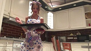 Perfect sexy housewife hard fuck