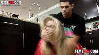 [ Son rapes Mom ] Son forced to his mom and enjoyed
