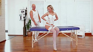 Vinna was looking quite amazing in her all-white lingerie and heels.